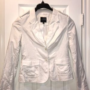 The Limited white blazer excellent condition!